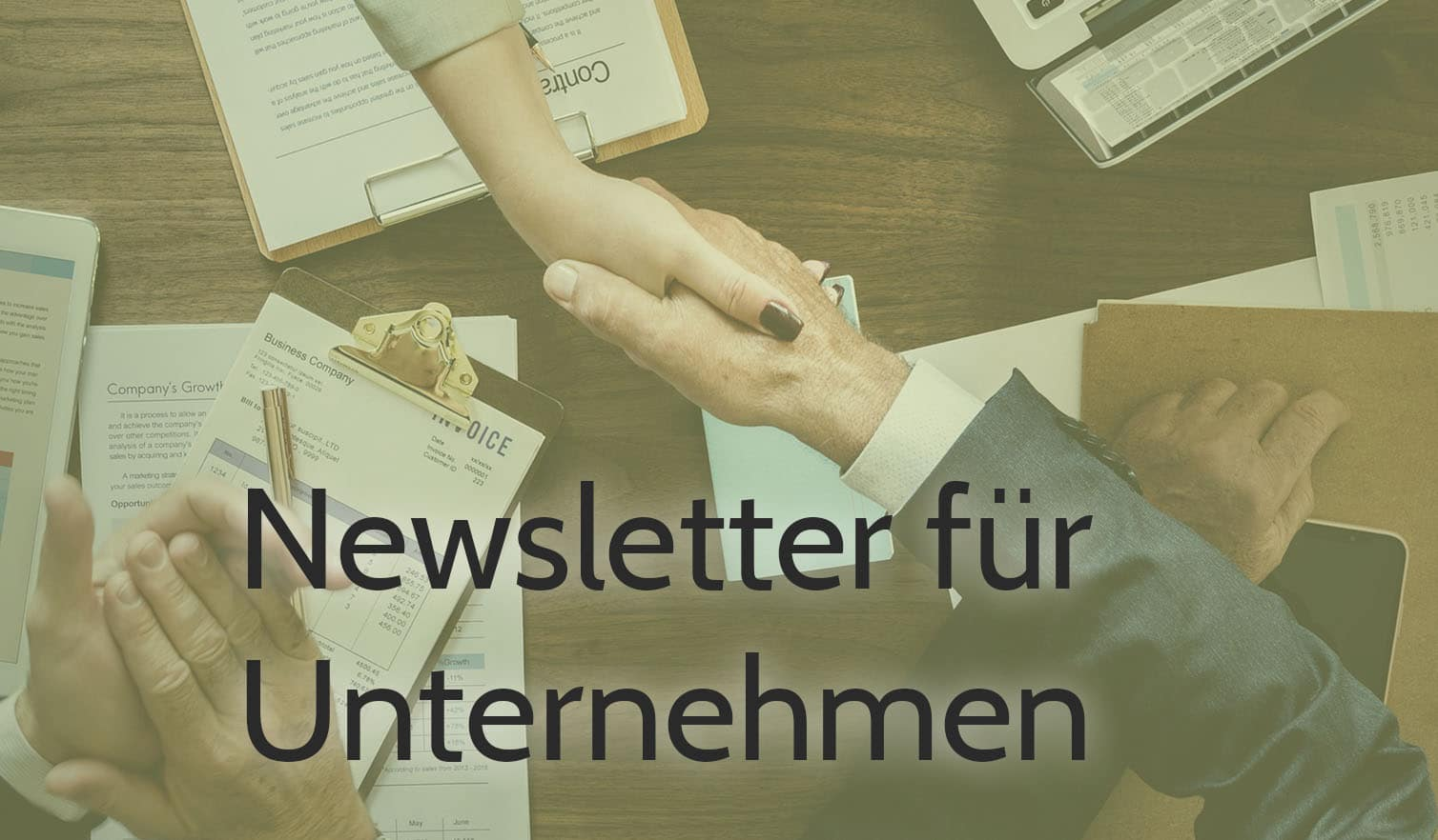 gruverde newsletter-marketing fur unternehmen hände