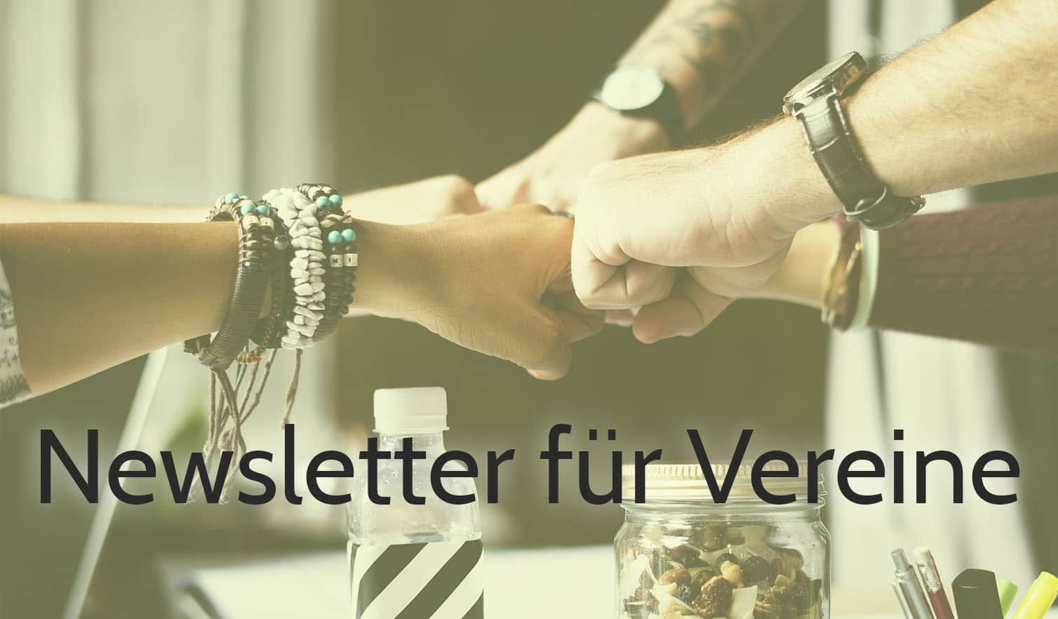 gruverde newsletter-marketing fur vereine hände